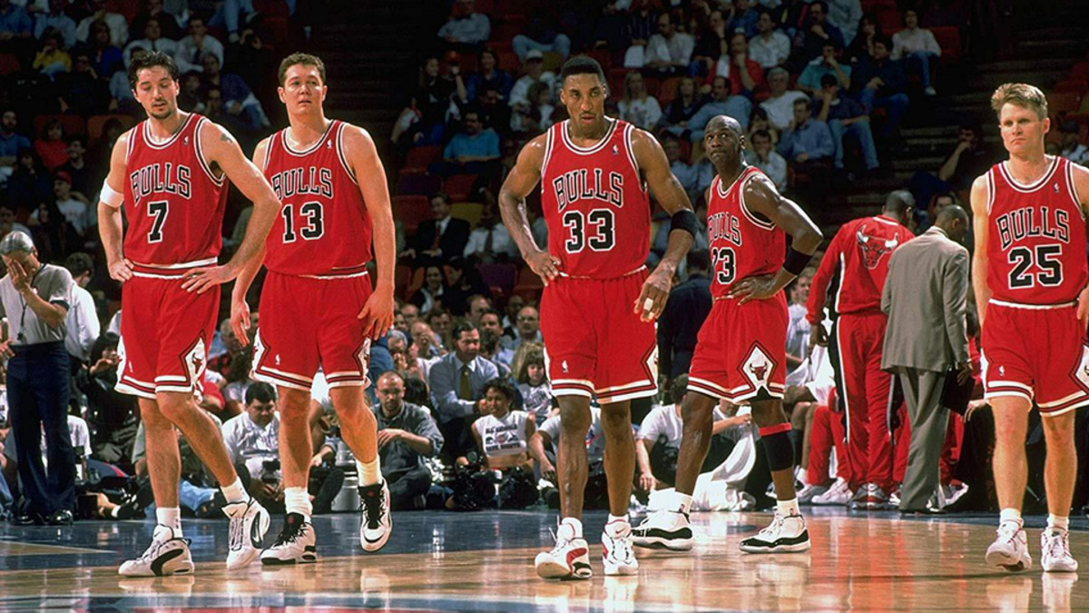 Top Moments: Chicago Bulls set NBA record with 72-win season