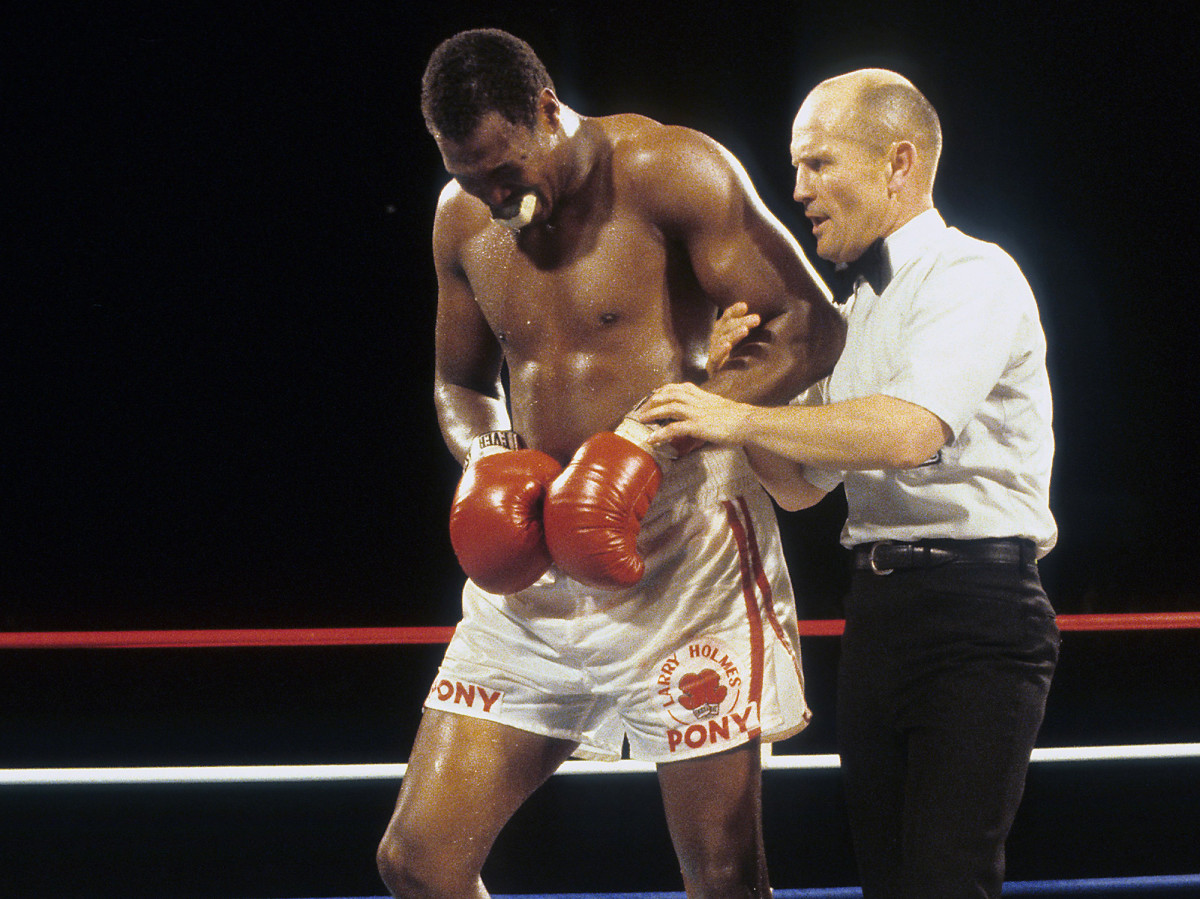 Larry Holmes, the headliner that Tuesday night, would get two title shots but lose both.