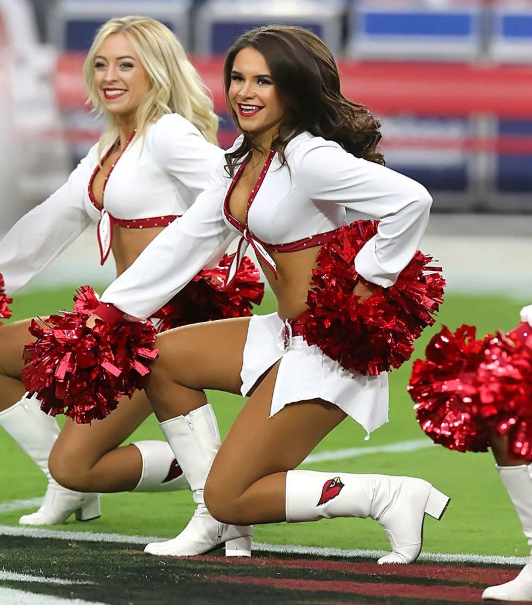 Arizona-Cardinals-cheerleaders-YYP_0127.jpg