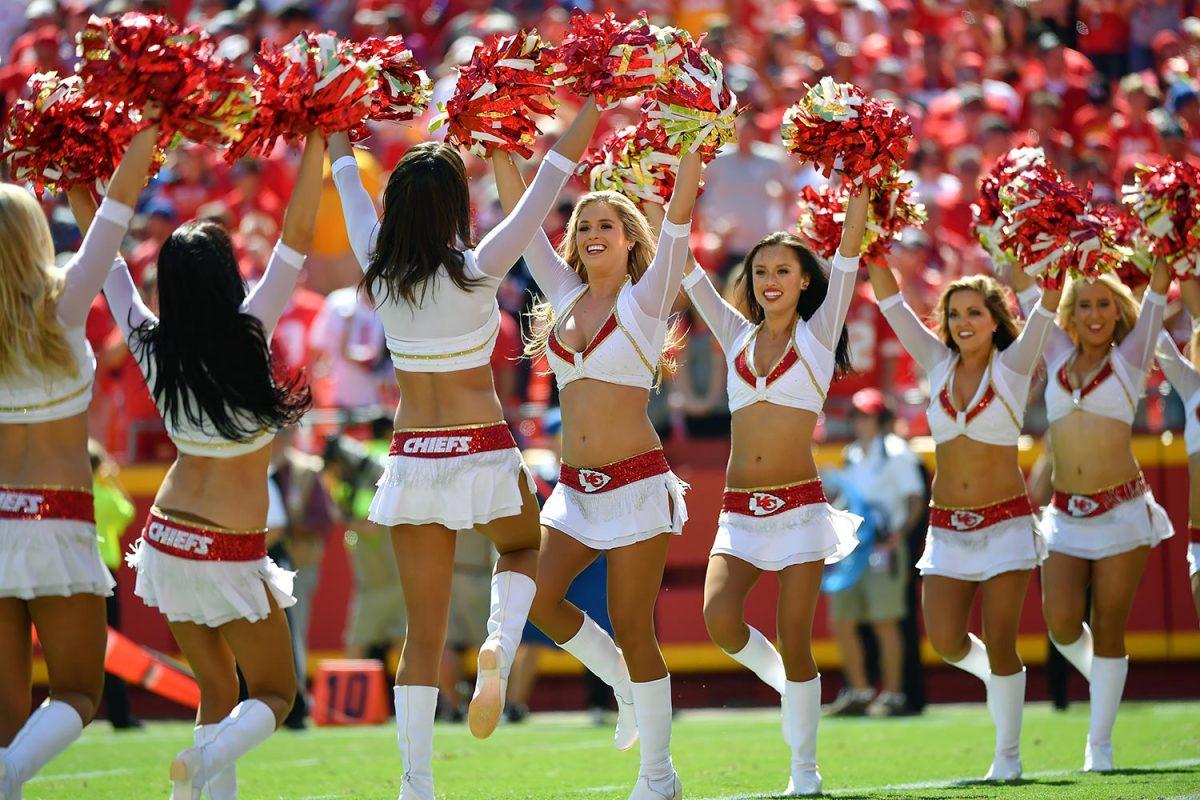 Kansas-City-Chiefs-cheerleaders-602999774.jpg
