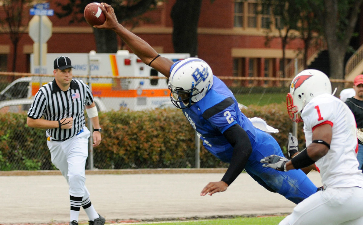 Newton, known for his on-field charisma in Carolina, had flair even at Blinn.