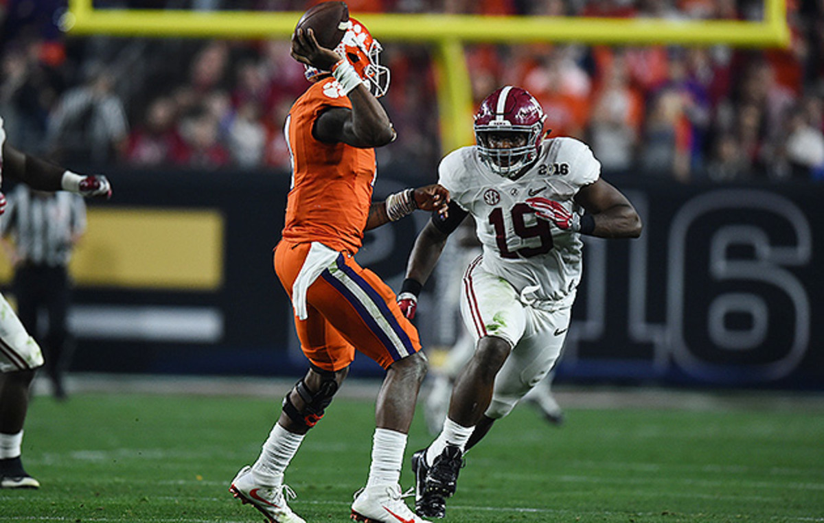 Ragland was an old-school enforcer at the heart of Alabama's championship defense.