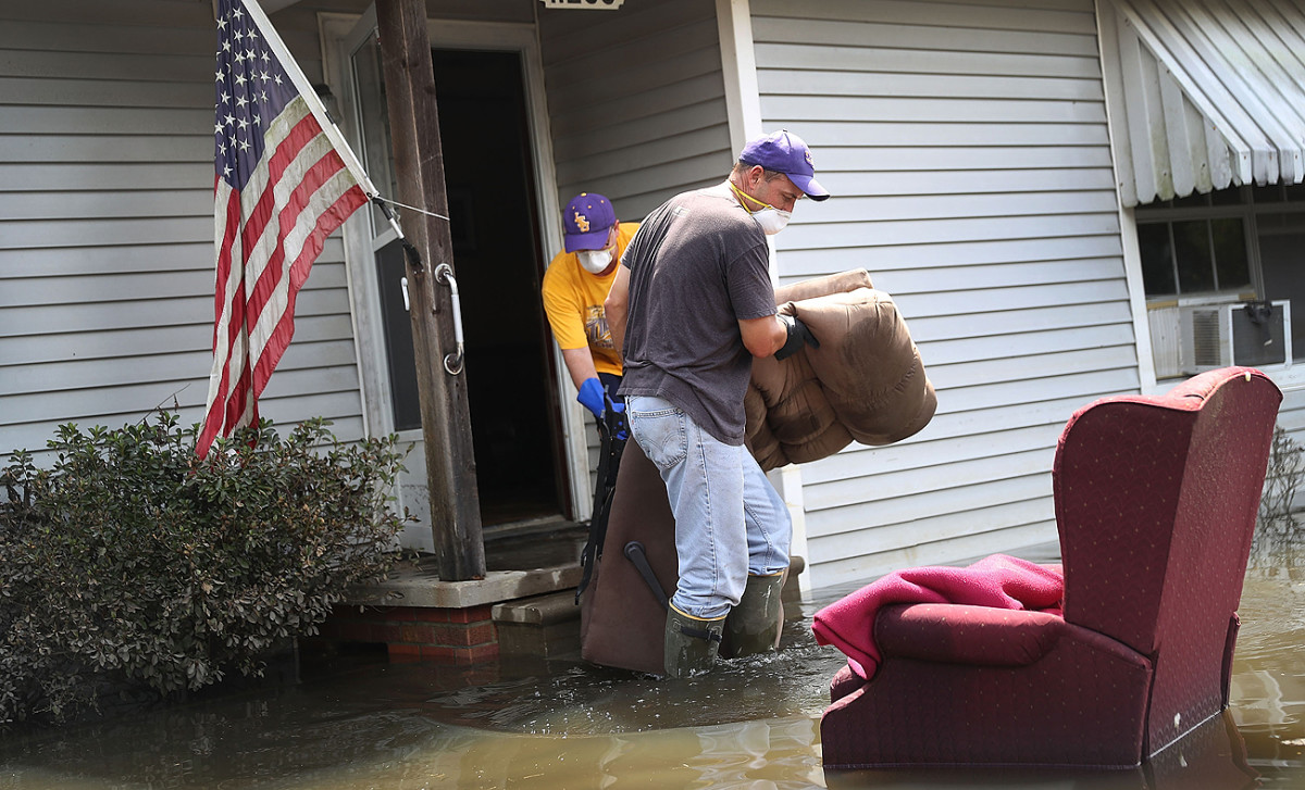Last month, Louisiana was overwhelmed with flood water and the aftermath has left towns like St. Amant in need of assistance.