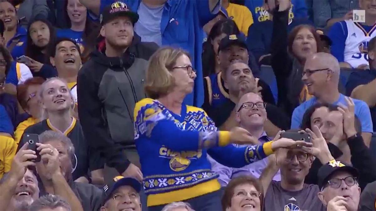 dancing-mom.jpg