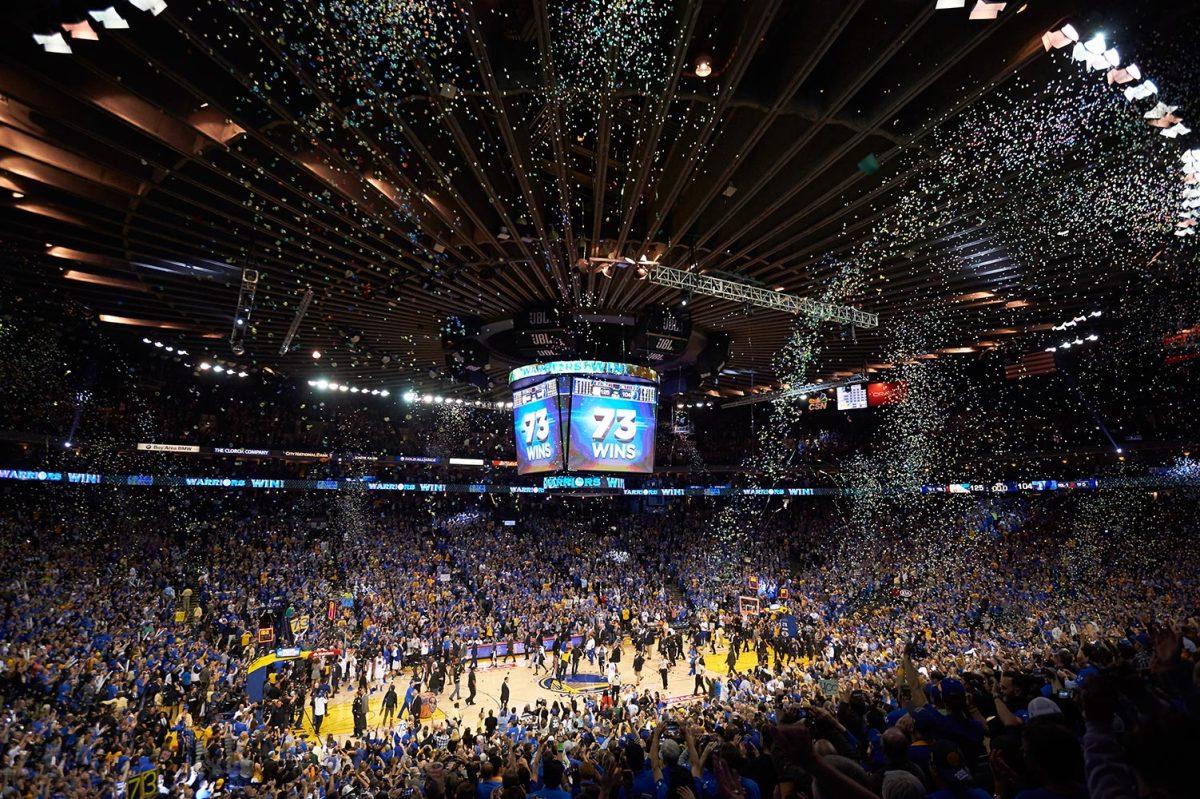 2016-0413-Golden-State-Warriors-win-73-SI327_TK1_00963.jpg