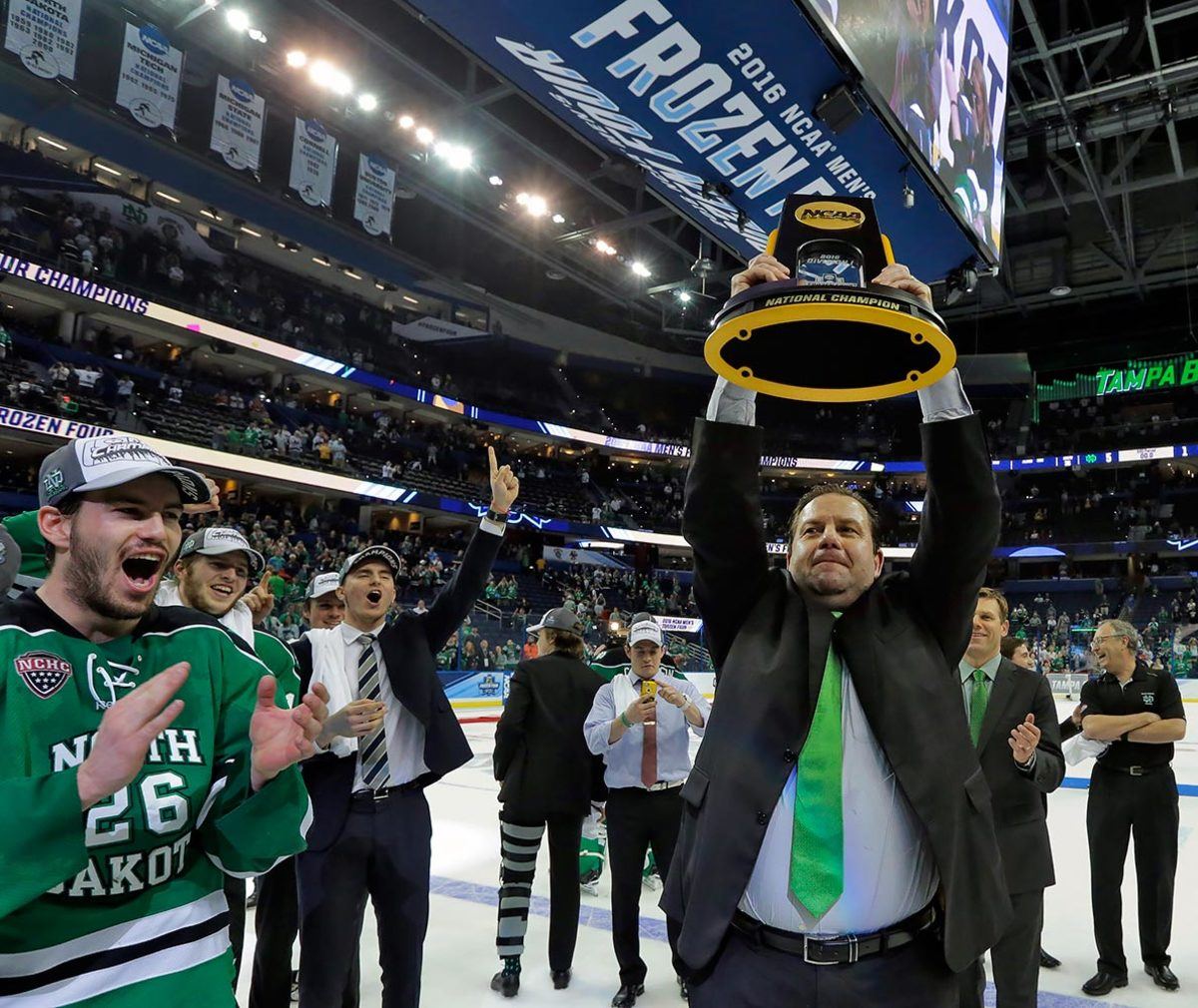 2016-0409-Brad-Berry-NCAA-hokcey-college-championship.jpg