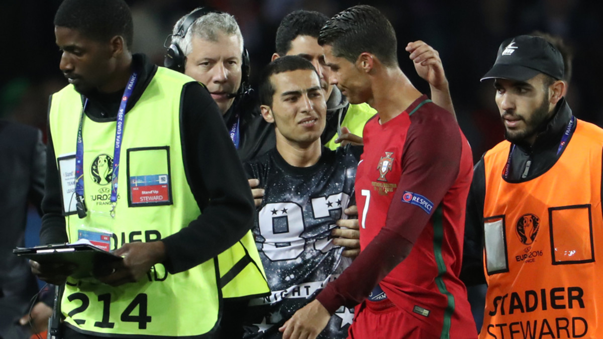 Ronaldo Fan Selfie