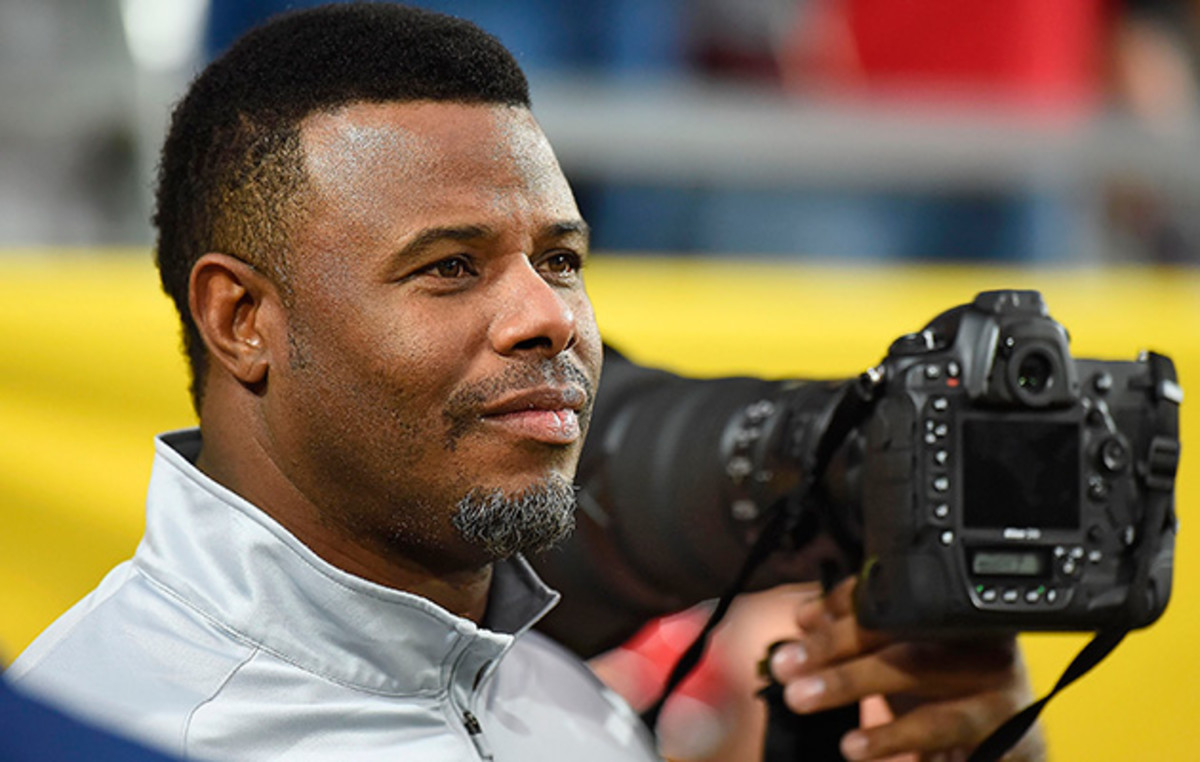 By attending his son Trey's games at Arizona as a member of the media, Griffey can watch in relative peace.