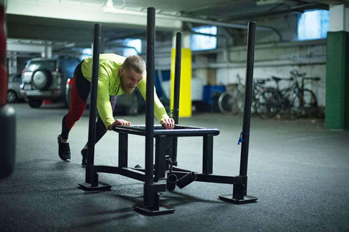 conor-mcgregor-wertheim-workout.jpg
