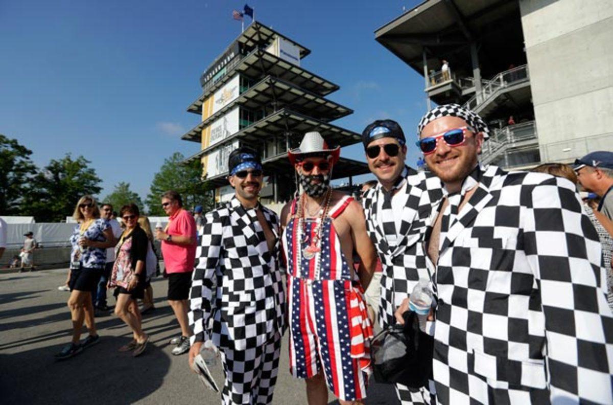 Indy-500-fans-AP.jpg