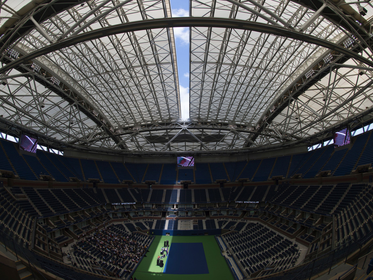 us-open-roof-closed.jpg