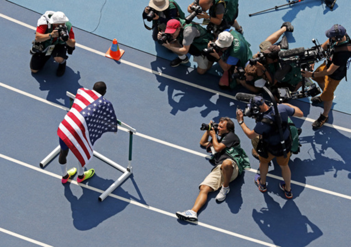 United States' Kerron Clement is photographed after winning the gold medal in the 400 meter hurdles final during the athletics competitions of the 2016 Summer Olympics at the Olympic stadium in Rio de Janeiro, Brazil, Thursday, Aug. 18, 2016. (AP Photo/Mo