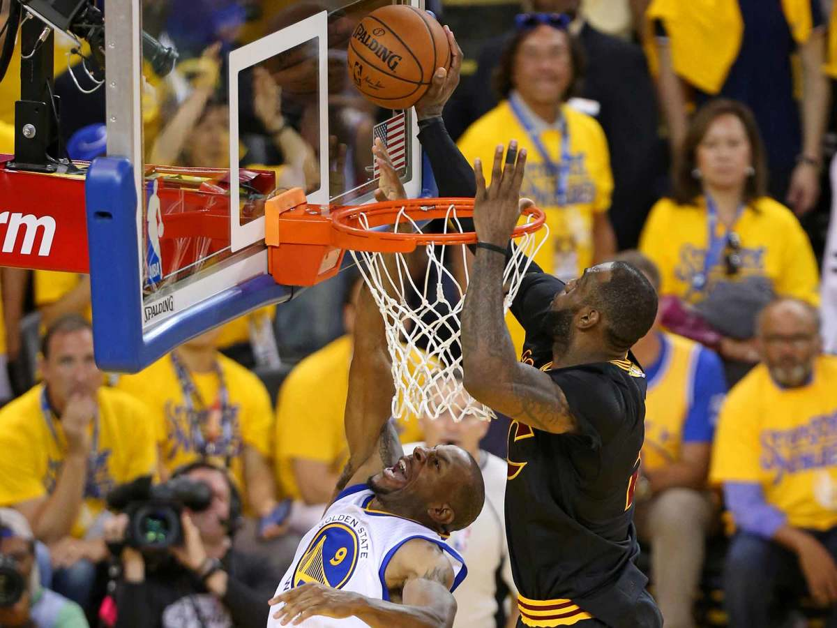 lebron-james-block-andre-iguodala-finals.jpg