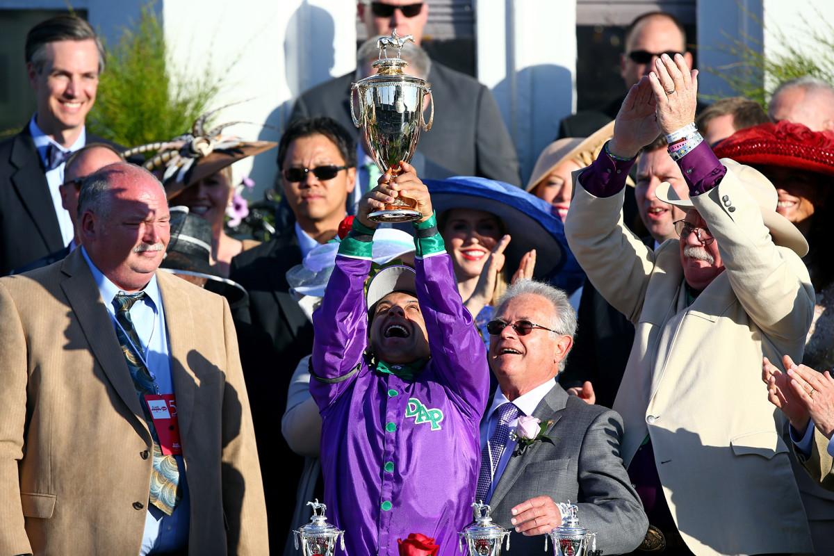 california-chrome-2014-trophy-preakness.jpg