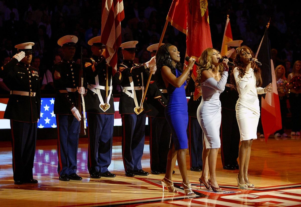 2006-NBA-All-Star-Game-Kelly-Rowland-Beyonce-Michelle-Williams-Destiny's-Child.jpg