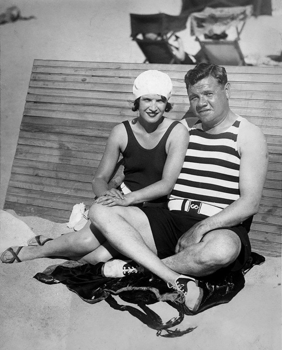 1930-0130-Babe-Ruth-wife-Claire-beach_0.jpg