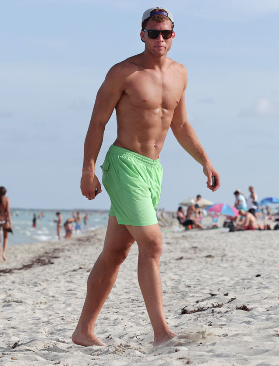 2011-Blake-Griffin-beach_0.jpg