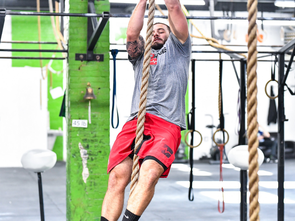 mat-fraser-crossfit-training-with-ropes.jpg