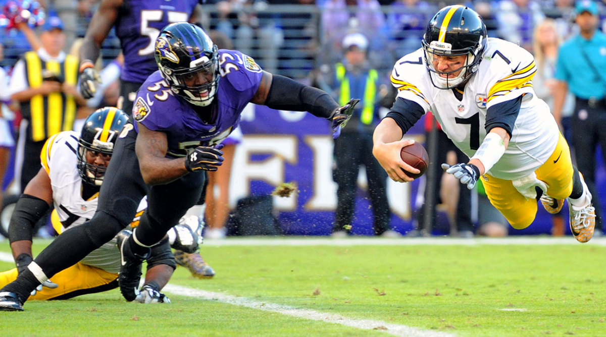 Terrell Suggs and Ben Roethlisberger go all out in the first meeting this year, a 21-14 Ravens win.