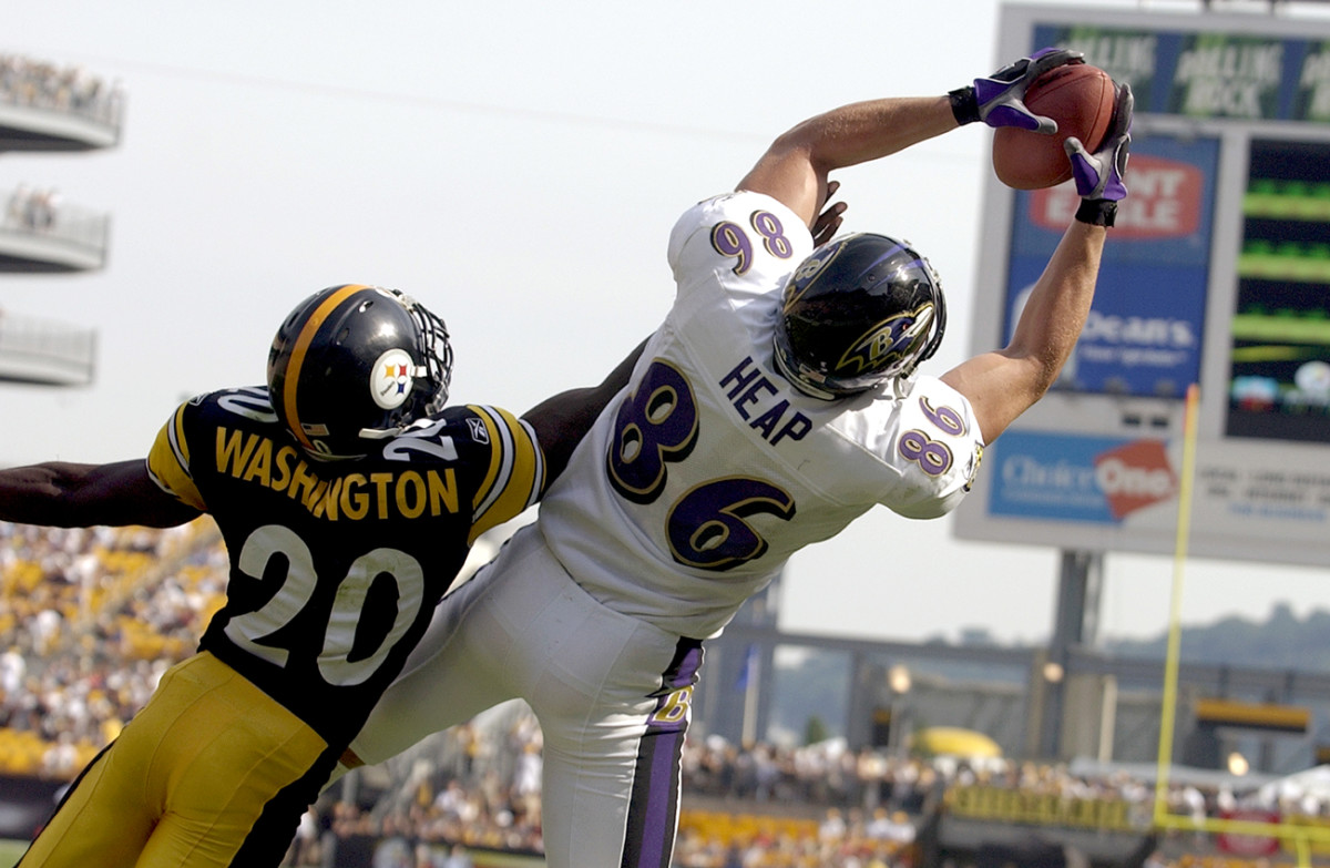 Todd Heap leaps for a catch, September 2003.