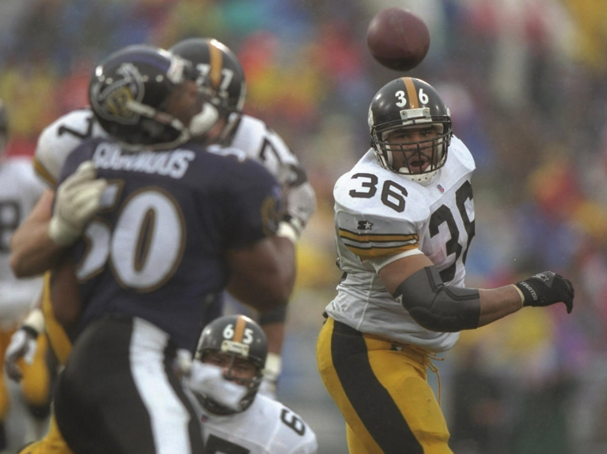 Jerome Bettis and the Steelers visited Baltimore in the Ravens's first season after moving from Cleveland.