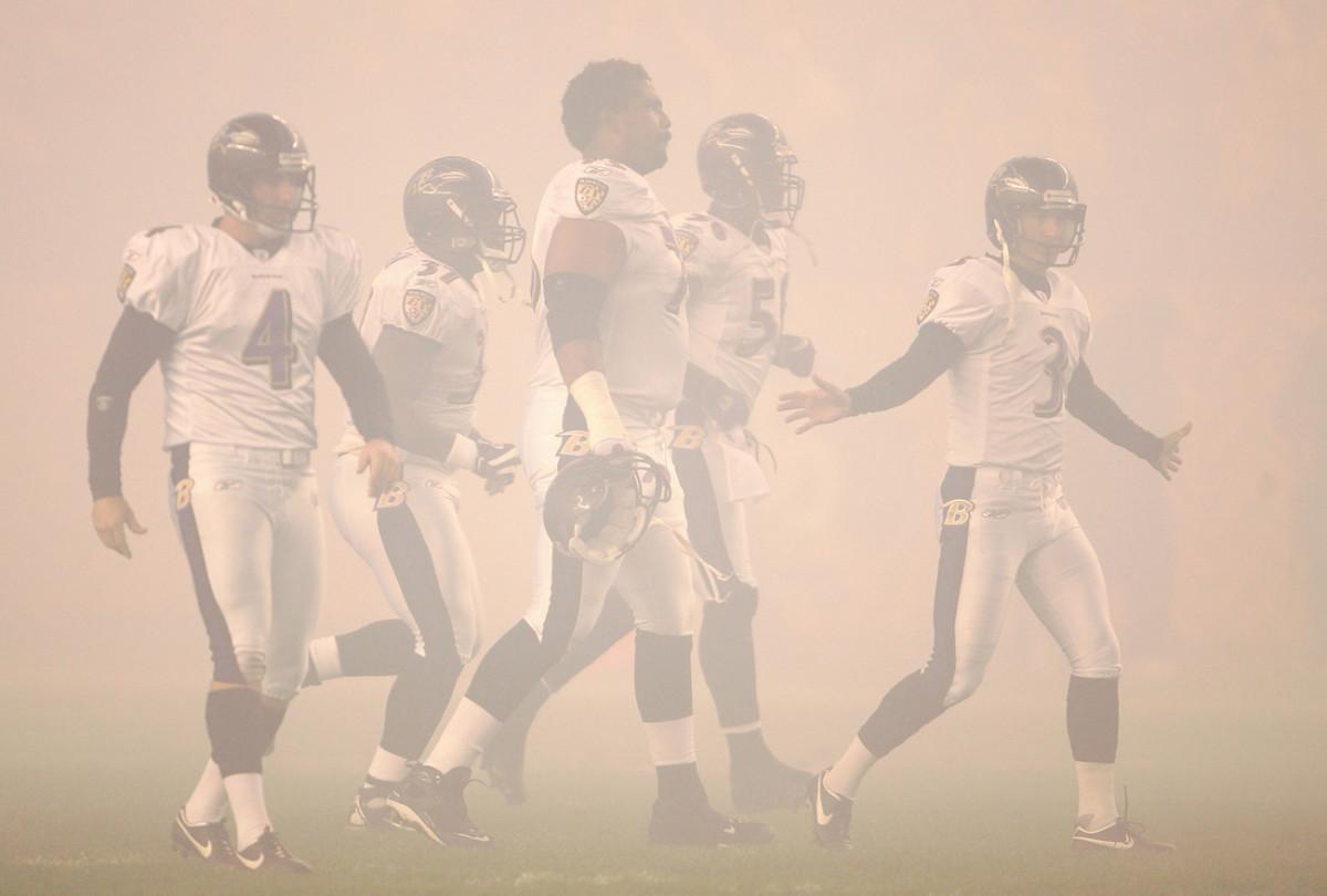 Ravens in a fog at Pittsburgh, November 2007.