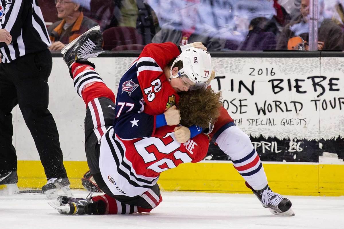 DCT160325001_IceHogs_at_Monsters.jpg