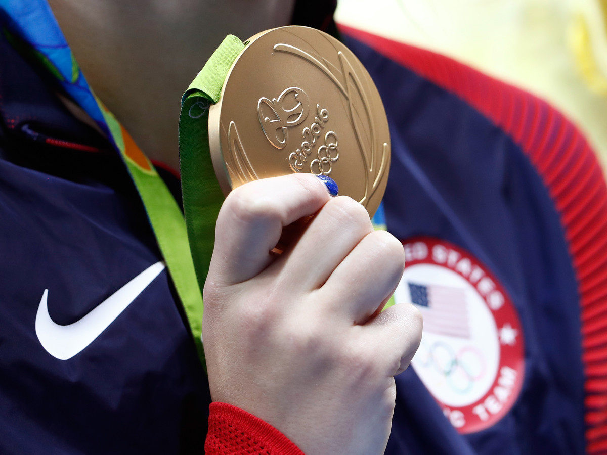 katie-ledecky-gold-medal-closeup.jpg