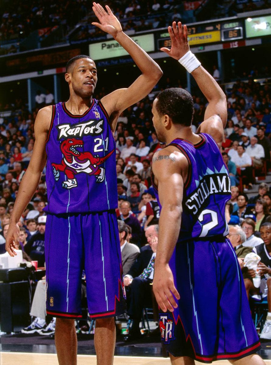 Toronto-Raptors-uniform-1997-Marcus-Camby-Damon-Stoudamire.jpg