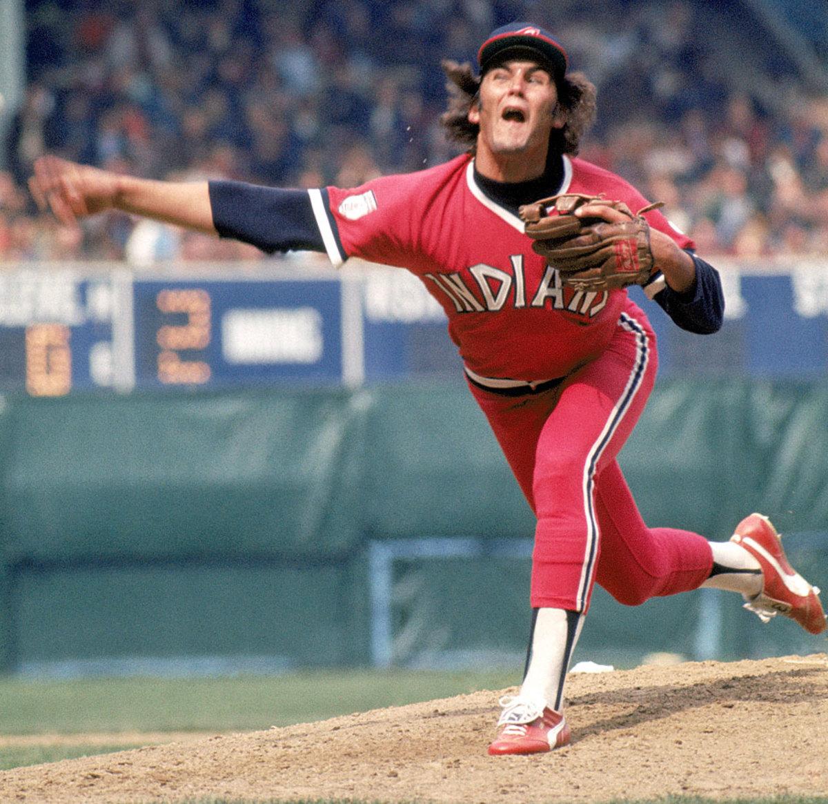 Cleveland-Indians-uniform-1976-Dennis-Eckersley.jpg