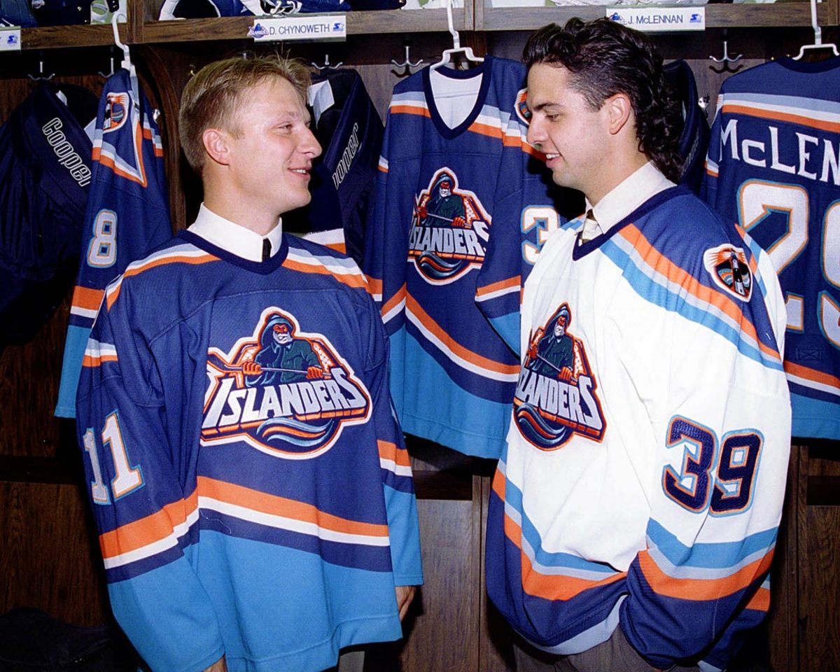 New-York-Islanders-fisherman-uniform-1995-Darius-Kasparaitis-Travis-Green.jpg
