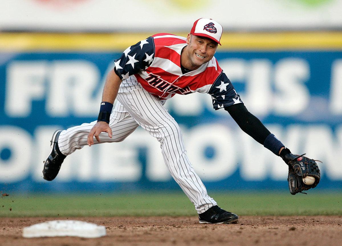 Trenton-Thunder-uniform-2011-Derek-Jeter.jpg