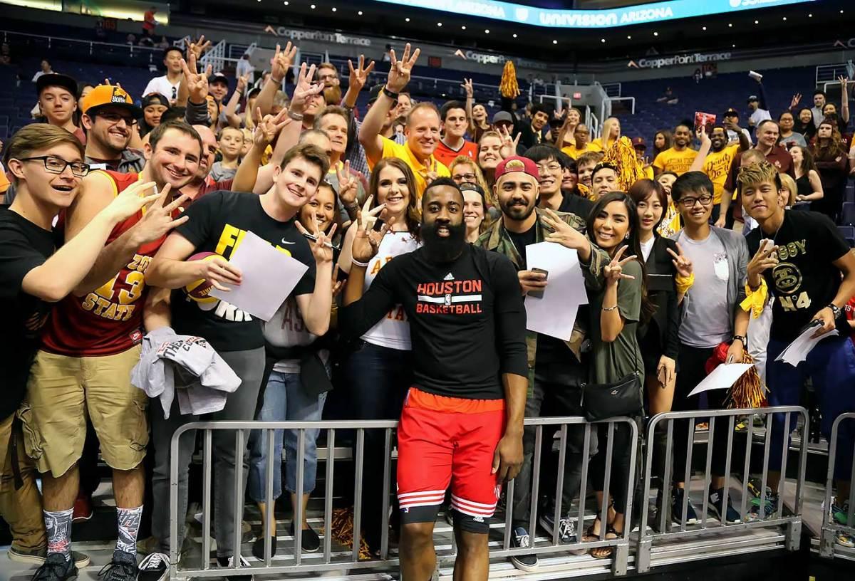 2016-0219-James-Harden-Arizona-State-fans-ZYP_3198.jpg