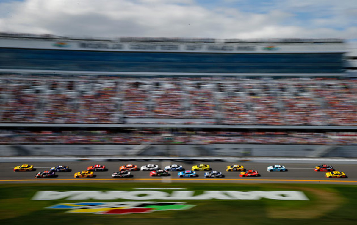Daytona-action-Jonathan-Ferrey.jpg