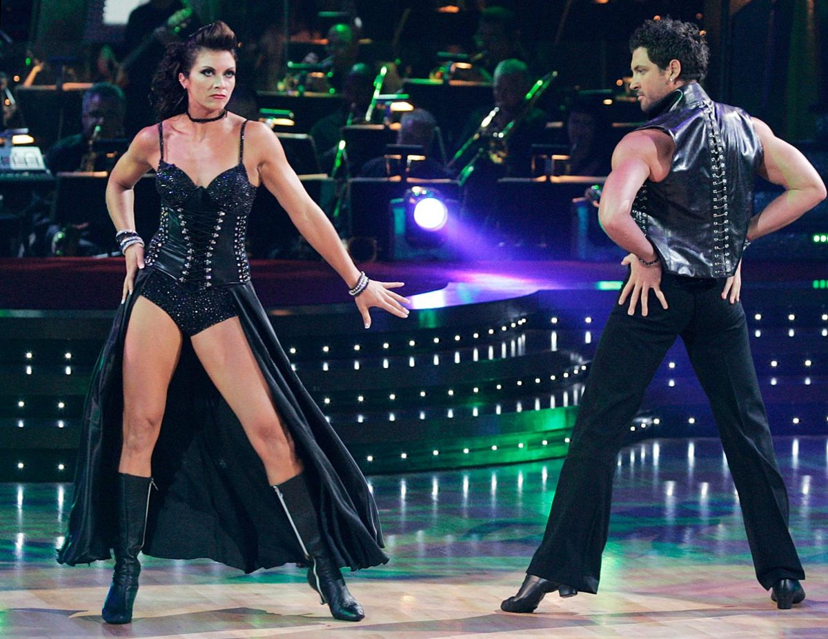 misty-may-treanor-maksim-chmerkovskiy-dancing-with-the-stars.jpg