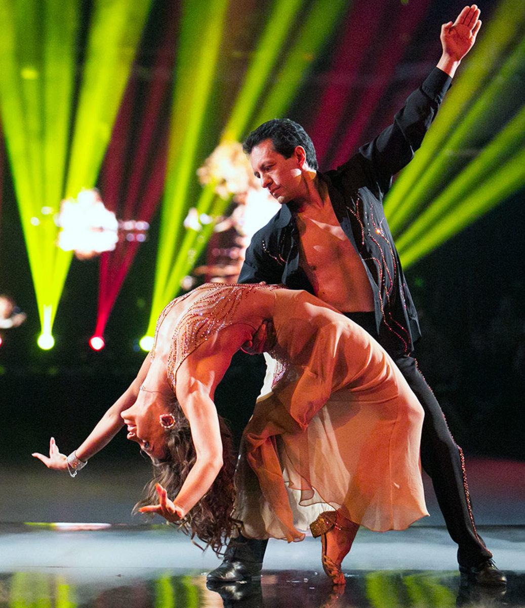DWTS-Season-21-Victor-Espinoza-Karina-Smirnoff.jpg