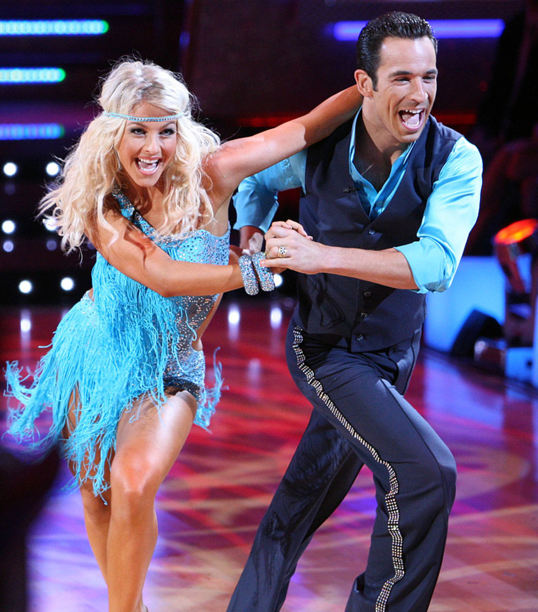 helio-castroneves-julianne-hough-dancing-with-the-stars.jpg