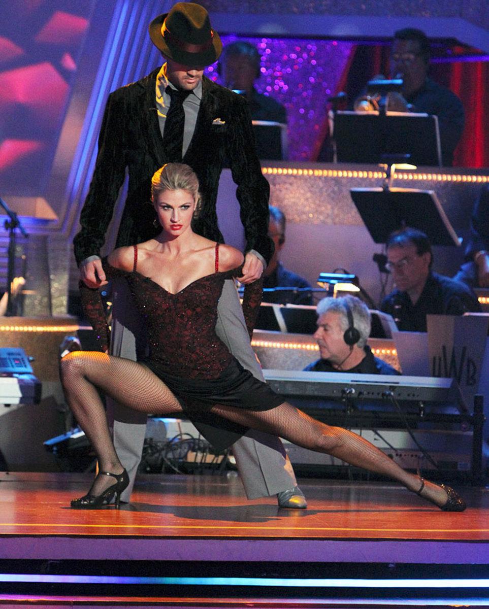 erin-andrews-maksim-chmerkovskiy-dancing-with-the-stars.jpg