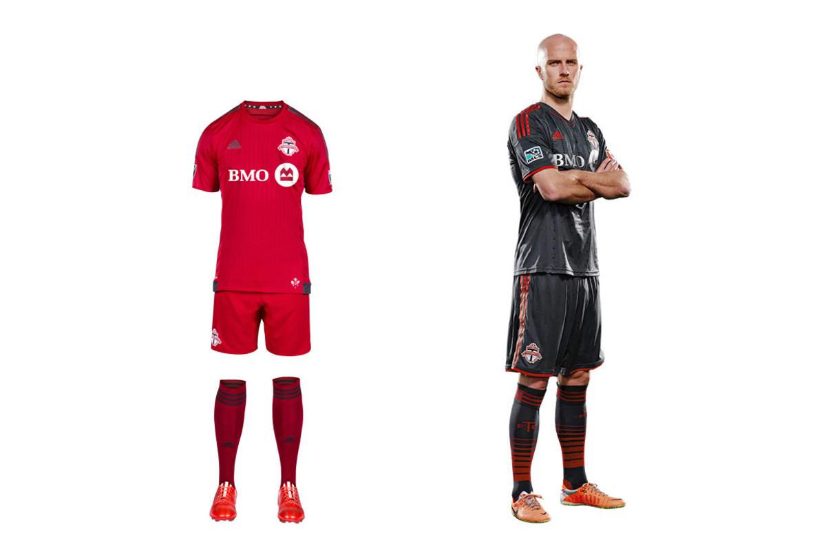 Toronto-fc-uniform