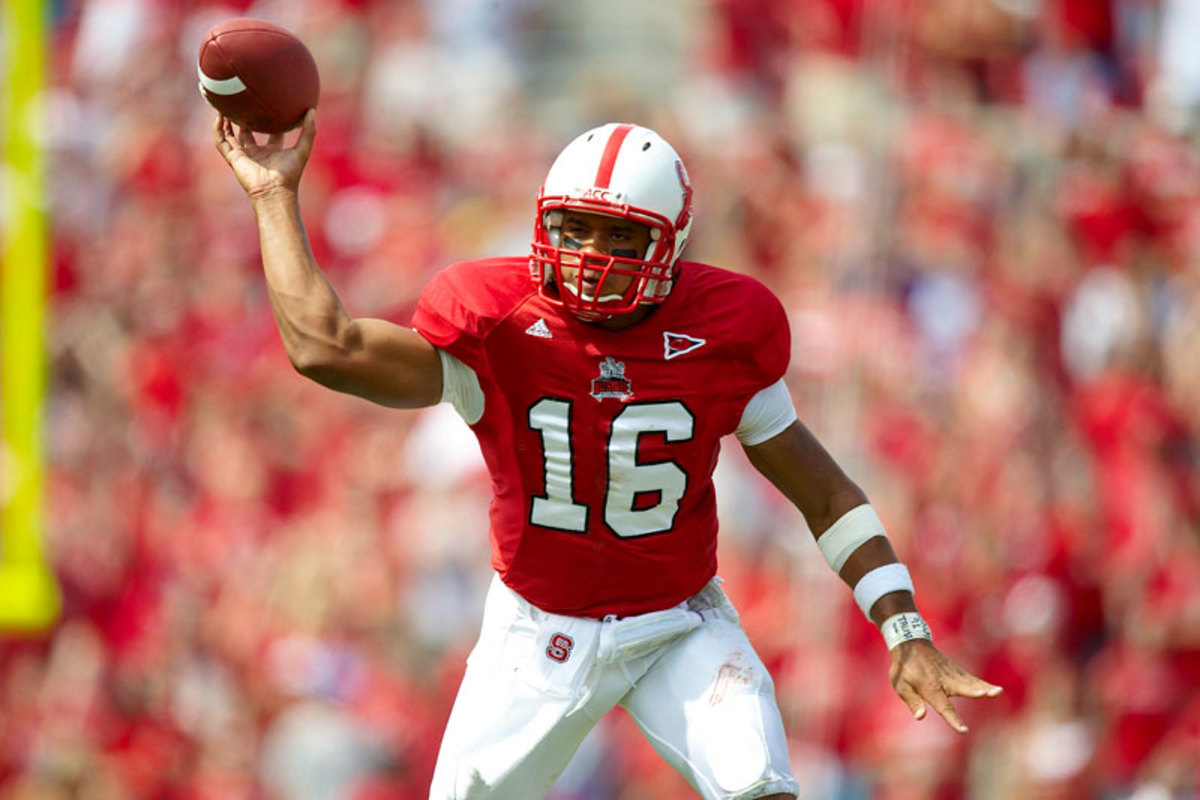 russell-wilson-ncstate-fb-2-bf.jpg