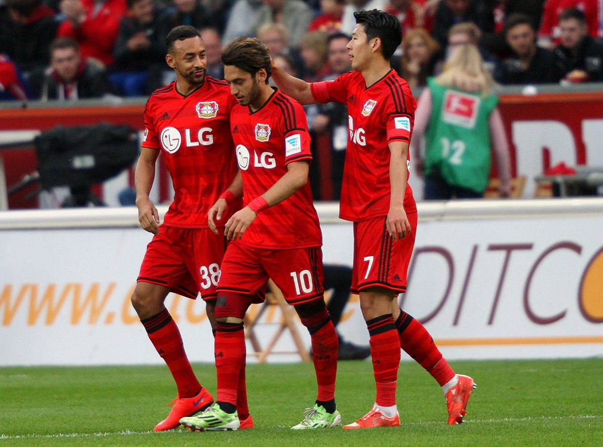 2015-Bayer-Leverkusen-Hakan-Calhanoglu-Son-Heung-Min-Karim-Bellarabi.jpg
