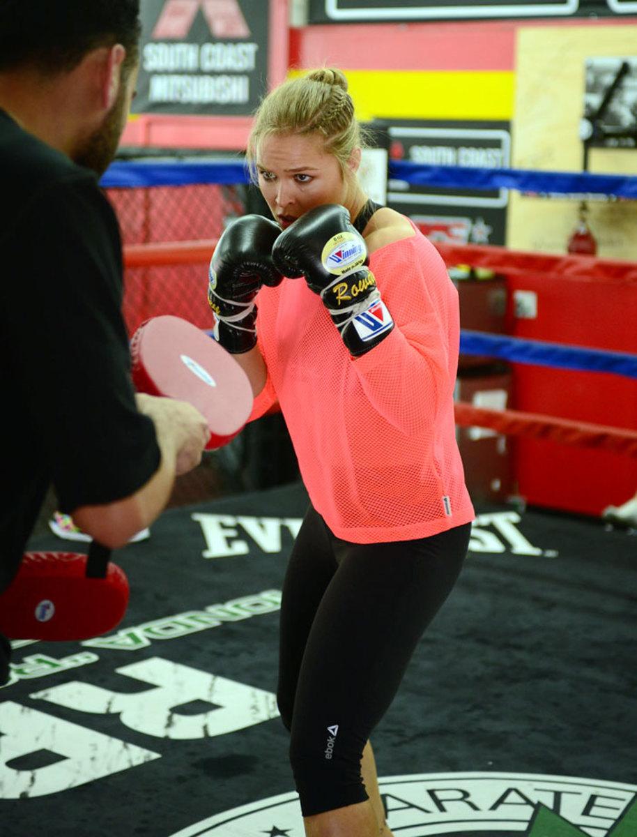 Ronda-Rousey-X159538_TK1_00127.jpg