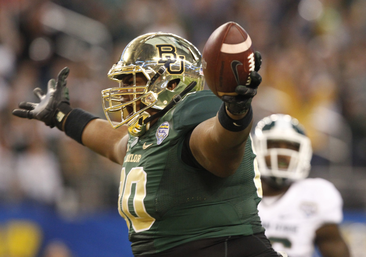 Baylor Bears LaQuan McGowan was 425 pounds for Cotton
