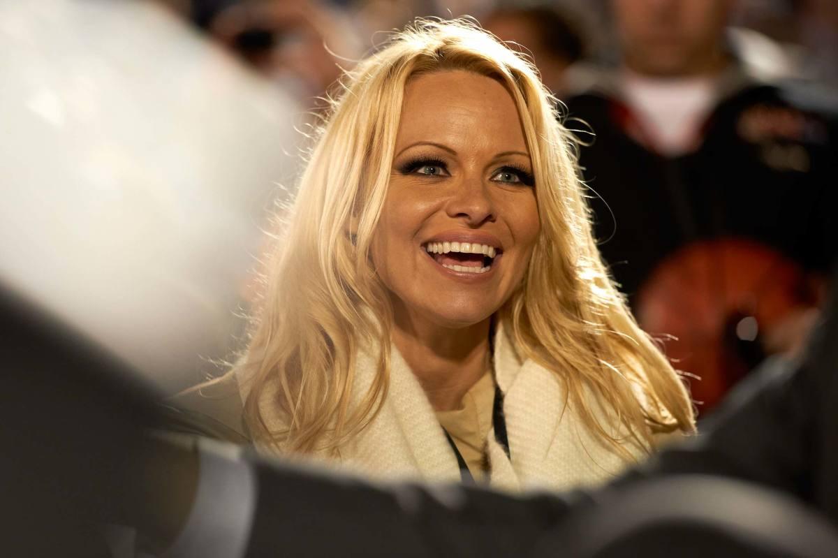 Pamela-Anderson-ncaa.jpg