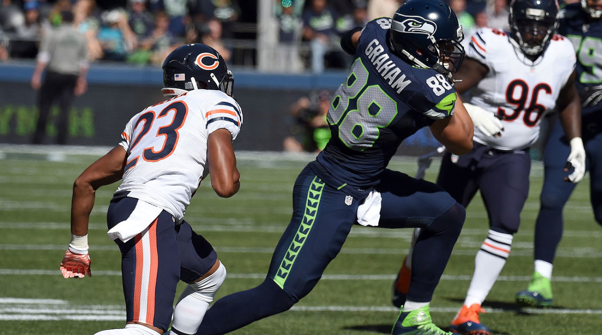 Jimmy Graham had as many receptions in Week 3 (seven) as he did in Weeks 1 and 2 combined. (Steve Dykes/Getty Images)