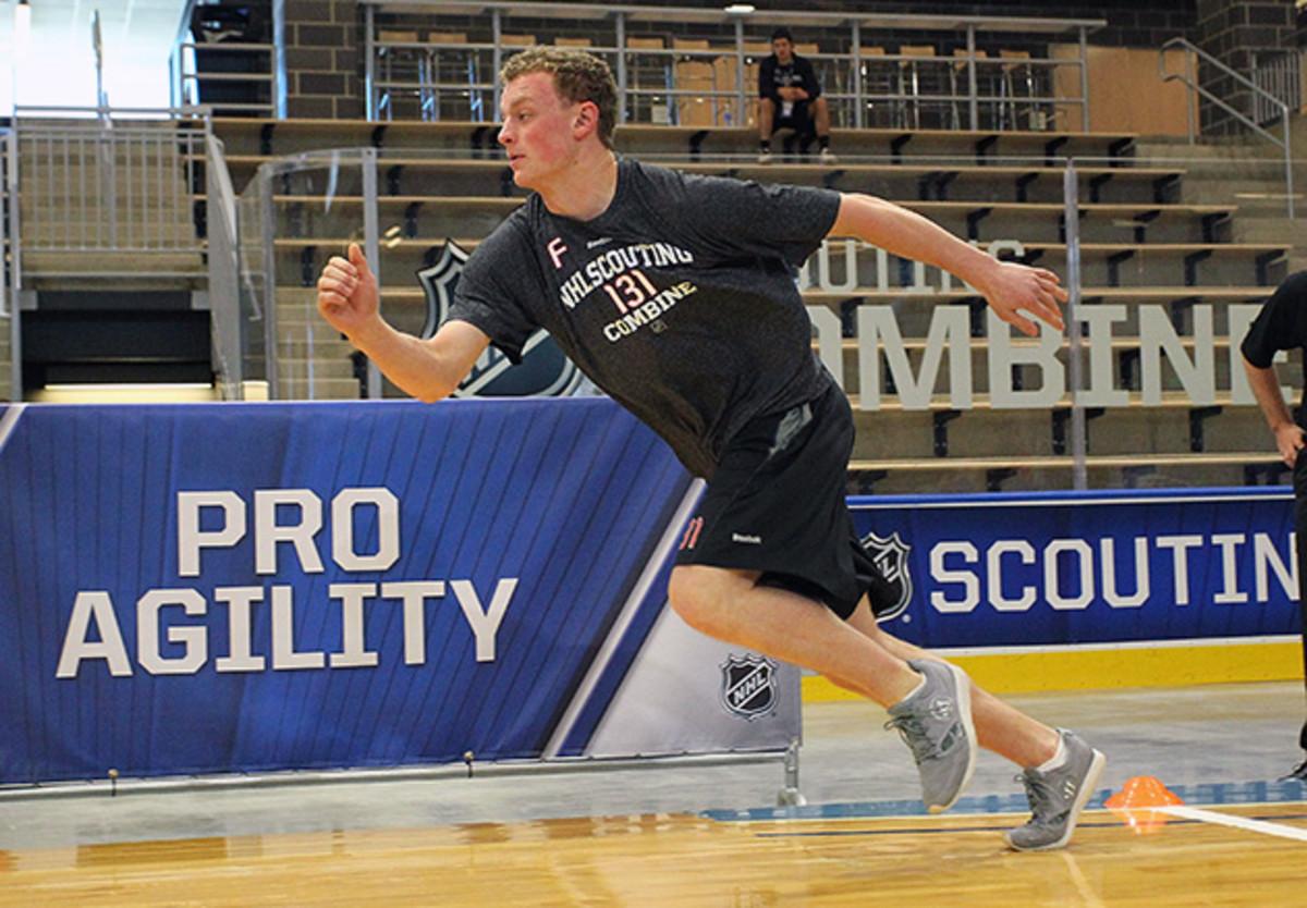 jack-eichel-nhl-draft-boston-university-630.jpg
