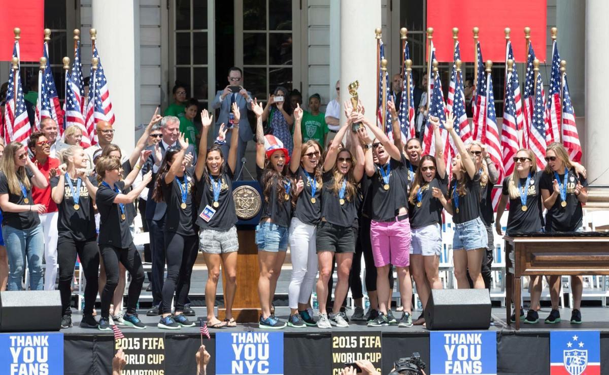 USWNT-parade-NYC-X159775_TK1_010.jpg