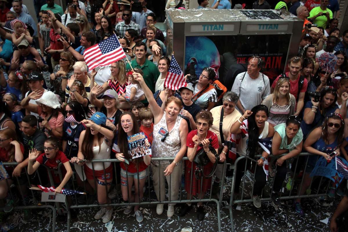 USWNT-parade-NYC-X159776_TK1_035.jpg