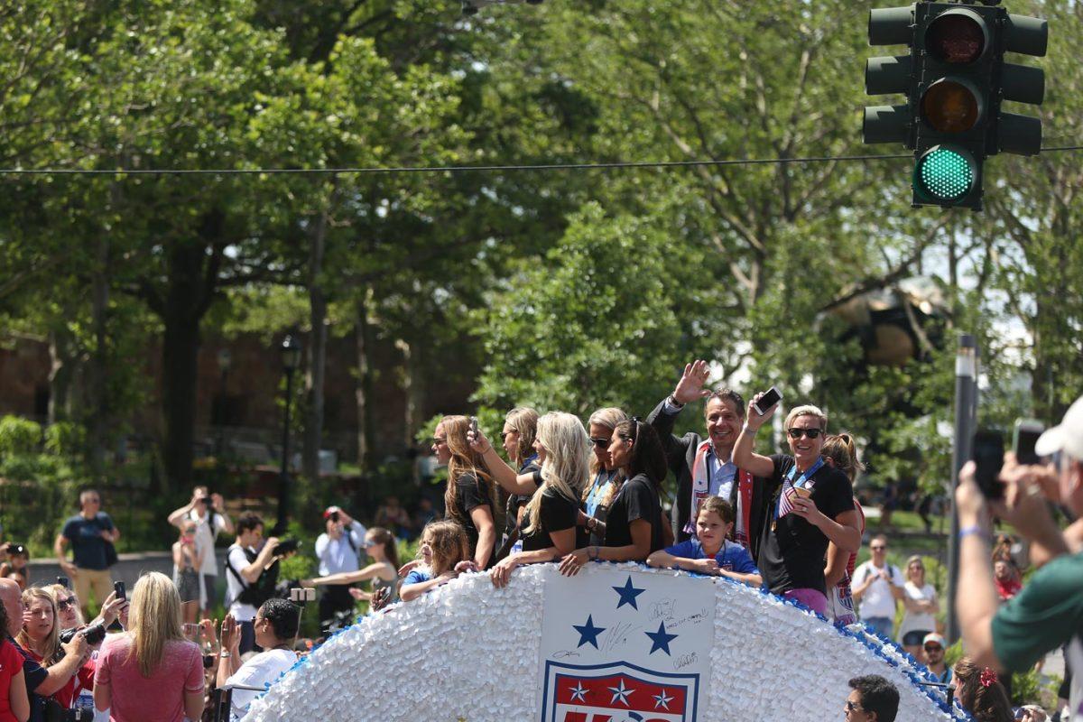 USWNT-parade-NYC-X159776_TK1_016.jpg