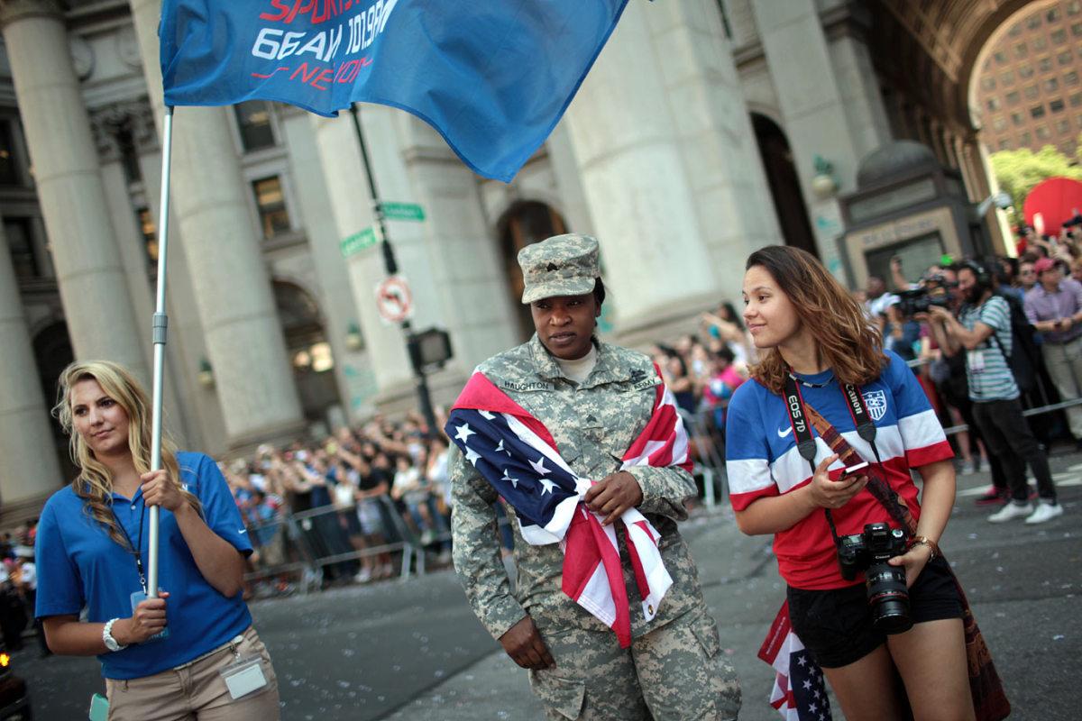 USWNT-parade-NYC-X159776_TK1_089.jpg